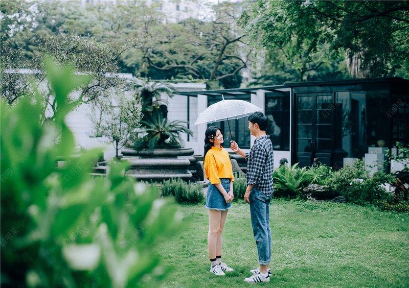 Mr.Zhong & Mrs.Zhong