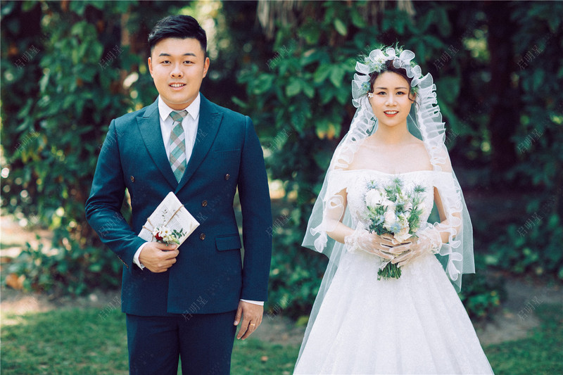 Mr.Wang & Mrs.Wang