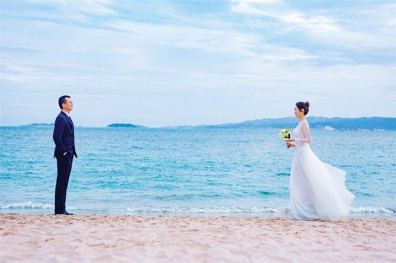 Mr.Chen & Mrs.Lin